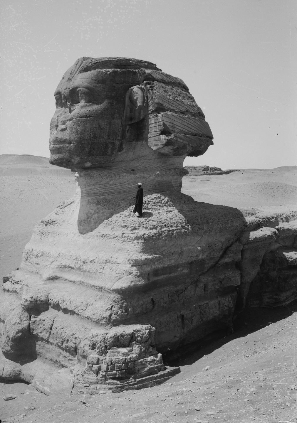 the history of building the monument of the great sphinx The sphinx of giza is a symbol that has who was also the builder of the great read about the entire history of the conservation of the sphinx from.