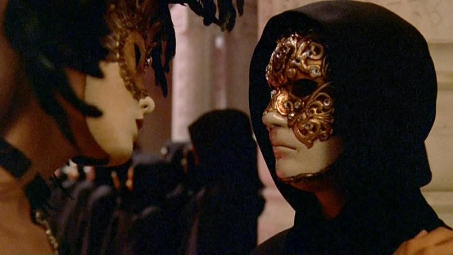 фильм сексуальный ритуал в масках уже помню