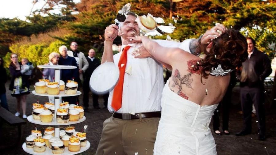 nevesta-na-svadbe-ostalas-bez-plavok-onlayn-video-drochka-mira