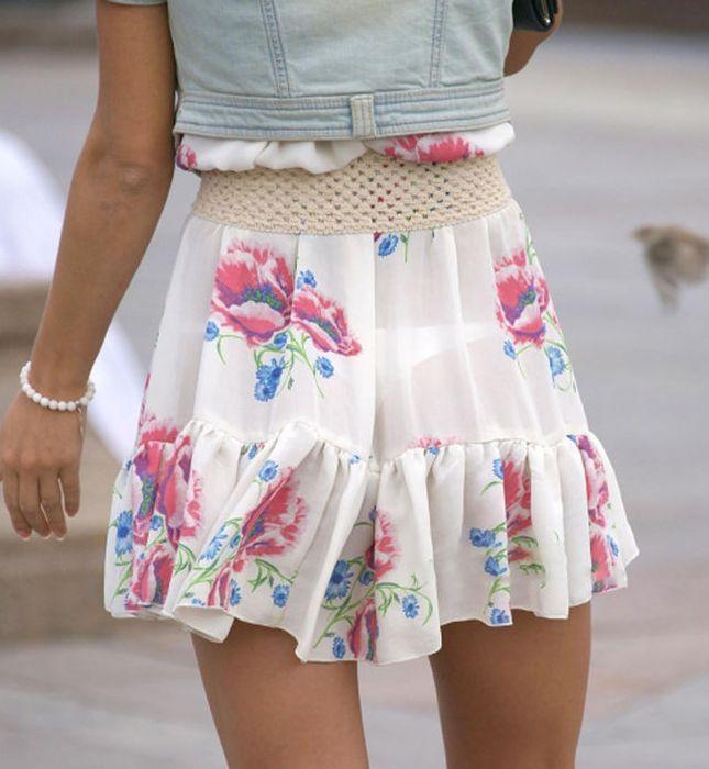 Девушки в прозрачной одежде на улиц фото видео фото 301-551