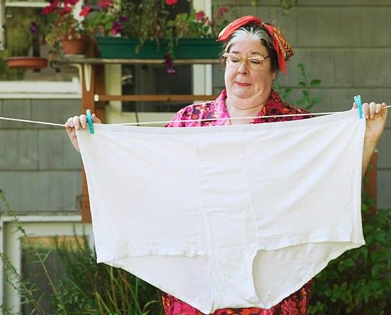 От корсетов до тонких полосочек: как изменилось нижнее белье за 100 лет
