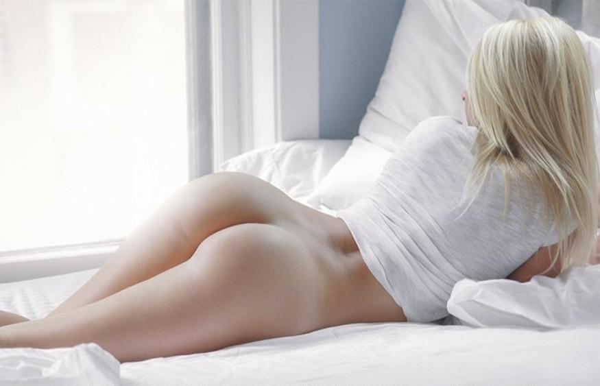 фото самых красивых девушек блондинок голыми сзади - 1