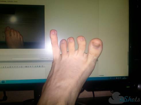 одном уроков парню пальцем жопу видео ставит ногу перед