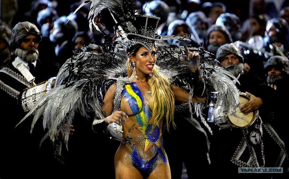 Откровенные бразильские девушки онлайн фото 451-891