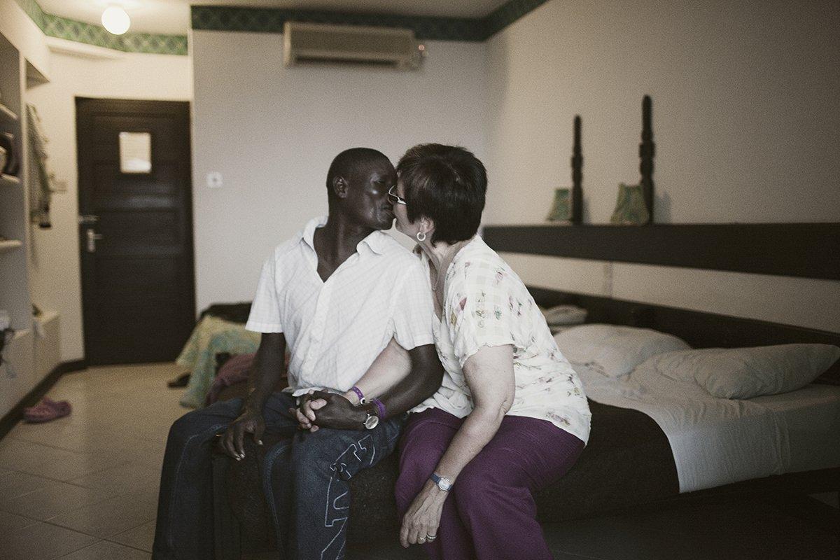 Секс в кении фото 80-687