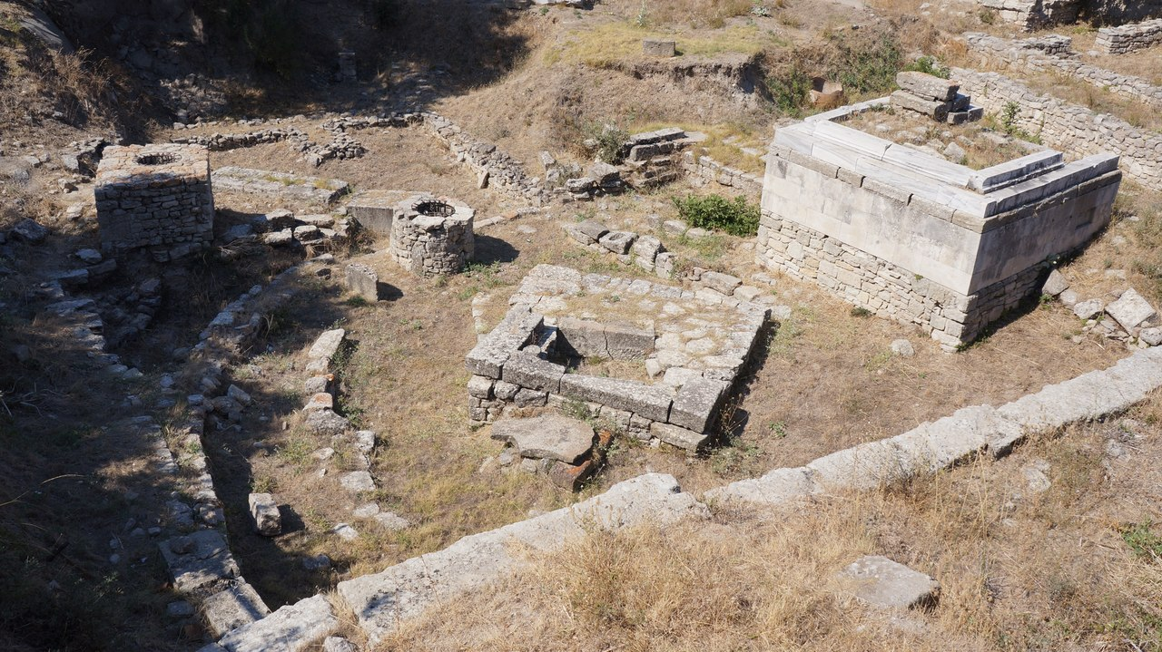 просто по следам неизвестных цивилизаций фото хеллбой обои