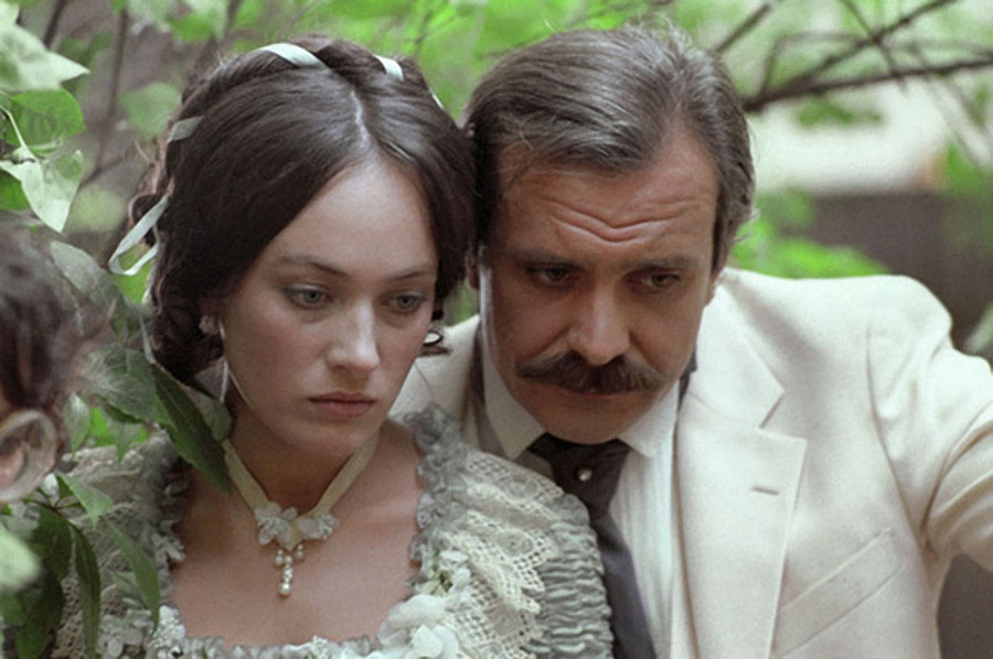 фото из фильма жестокий романс фото