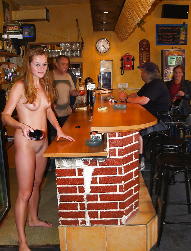 sex-nude-lexi-topless-waitress-nude-italy-hot