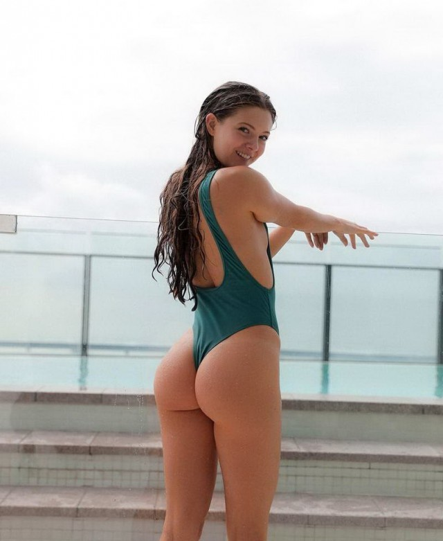 Big Ass Hoz for Sexy Babes With the Hottest Big Asses!