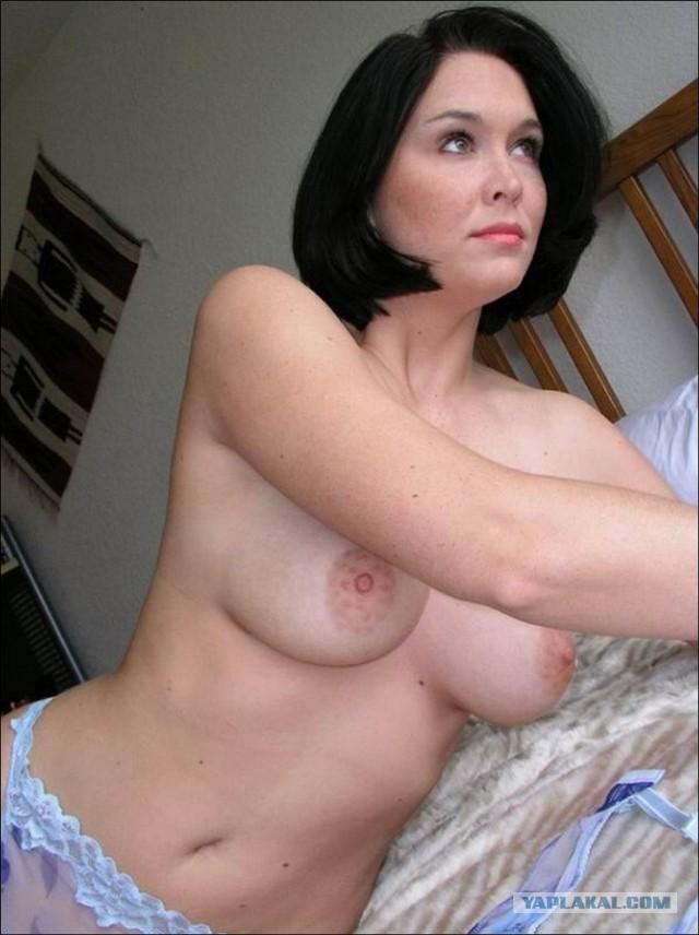 Фото голых зрелых брюнеток