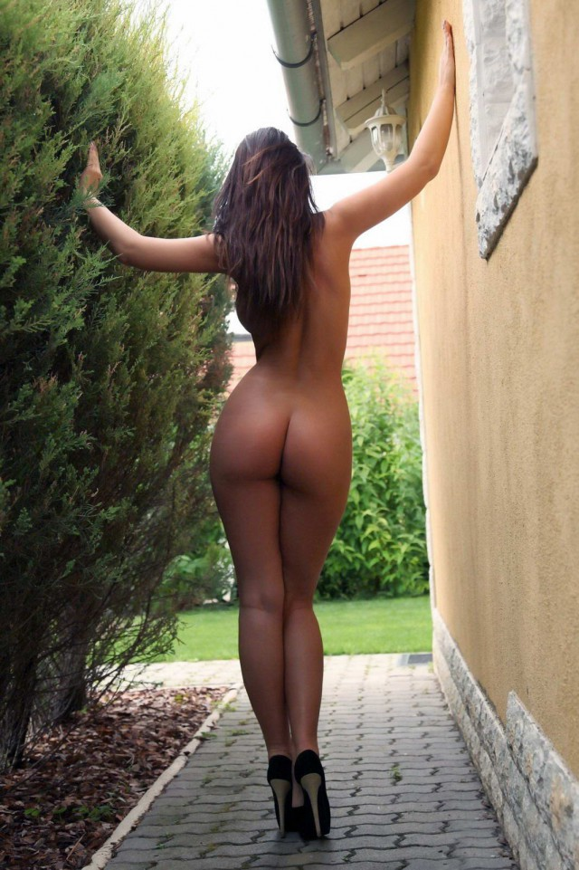 Admirable Women Ass Dress Tanned Photos 1