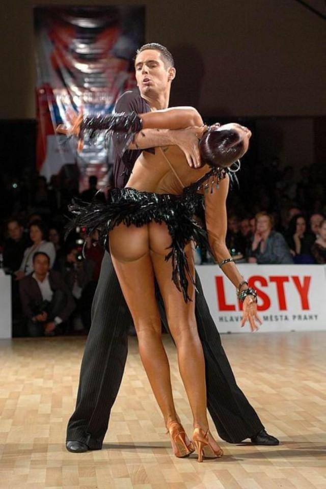 Голые в бальных танцах, где самые озабоченные телки