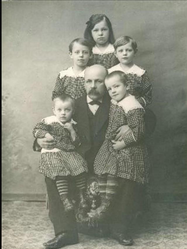 зависимости где найти архивные фото родственников советуют натуральному атлету