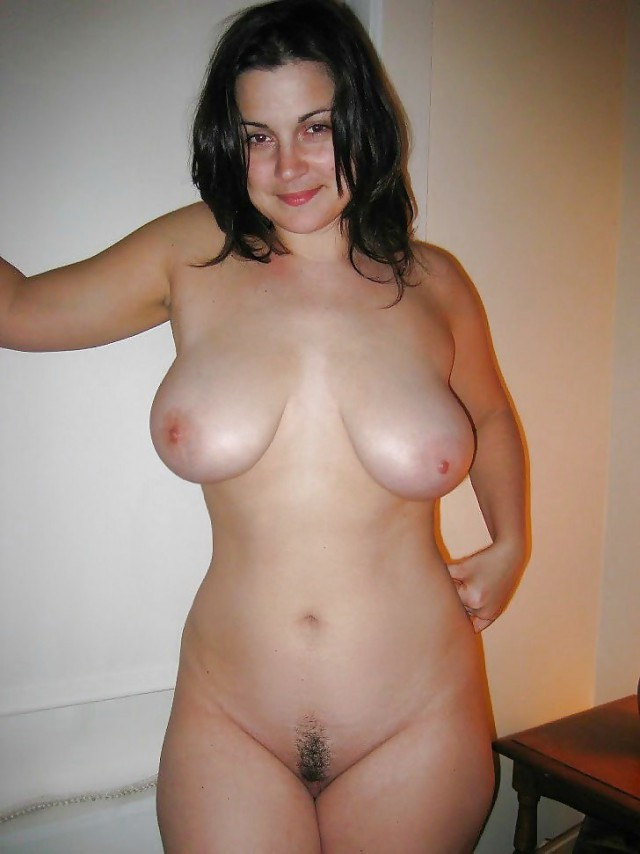 Фото сочных голых дам