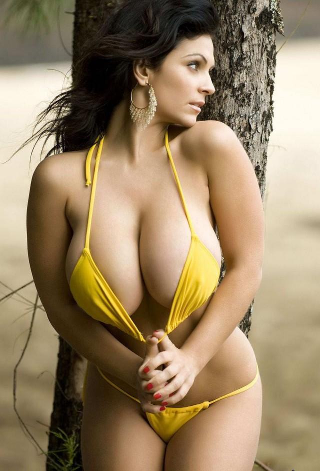 Hot sexy latina babes