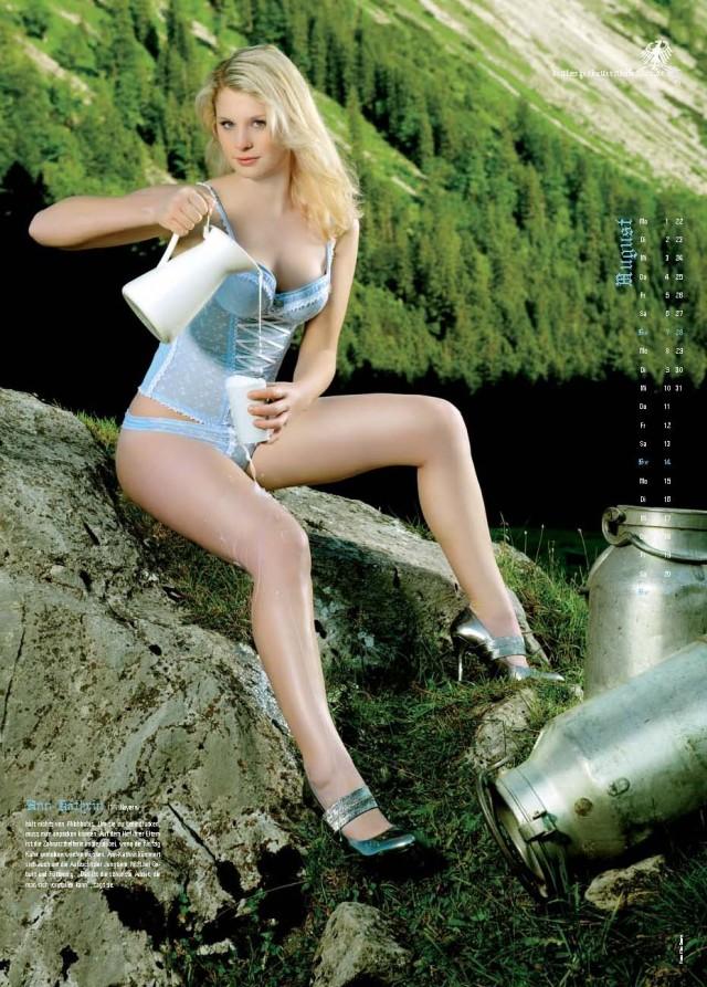 Немецкие эротические фото девушек, где стоят проститутки в каменск-уральский