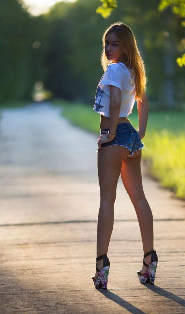 девки в мини шортиках онлайн - 9