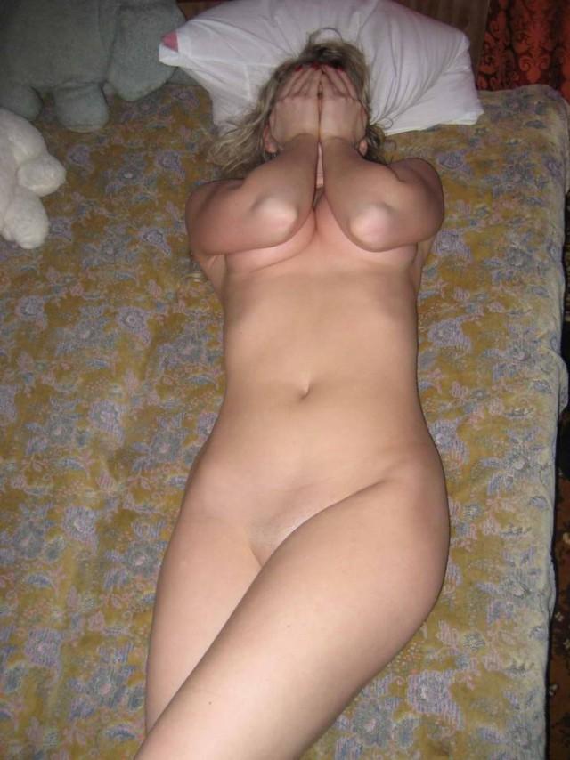 частные интимные фото девушек сфотанных мужем также