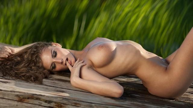 они голых девушки картинки лежали