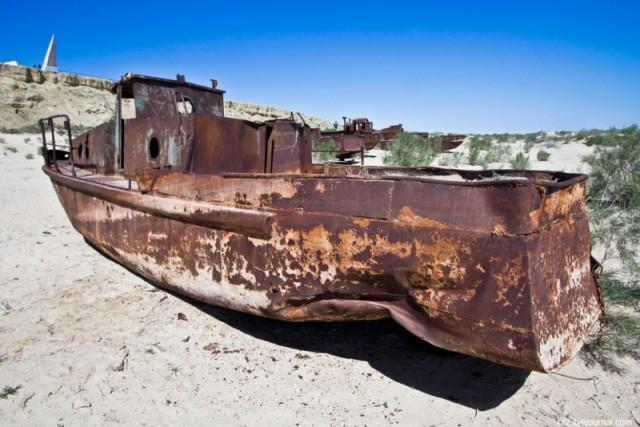 Узбекистан. Корабли пустыни.