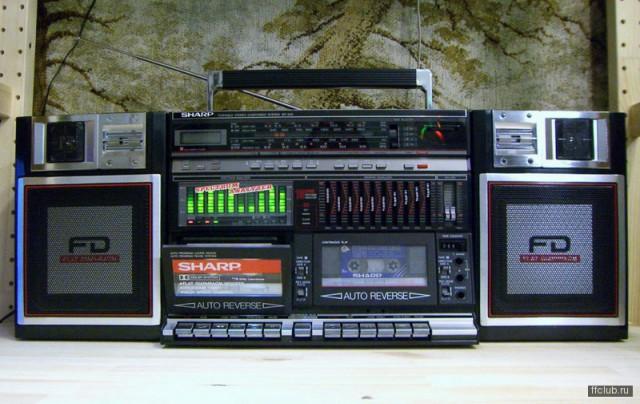 Магнитофоны и другая аудиотехника, окружающая нас во времена позднего СССР