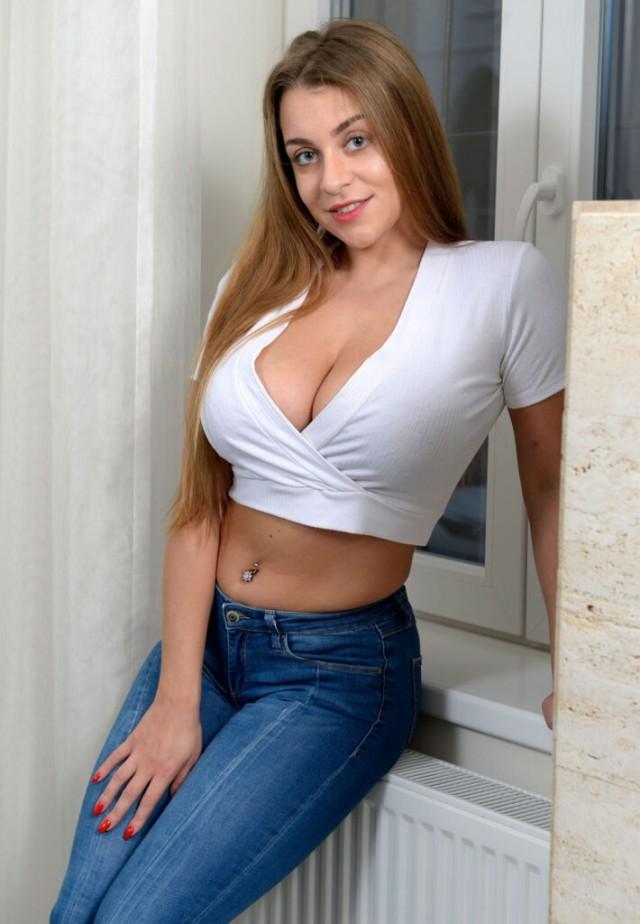 Украинское порно очень задорно (самые известные порноактрисы Украины)