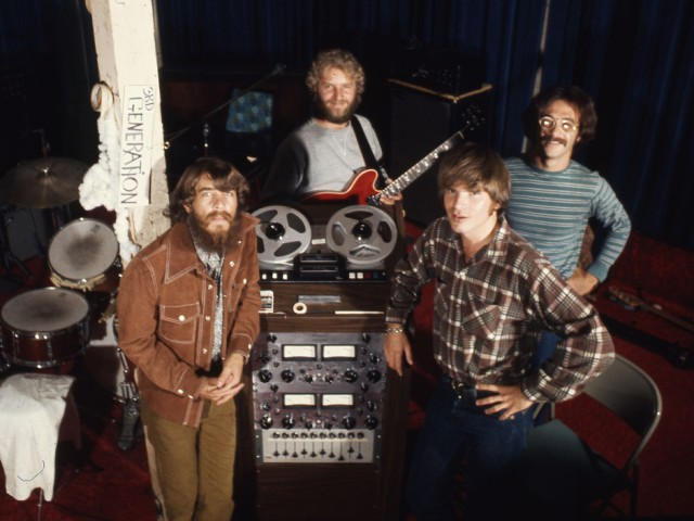 """Creedence Clearwater Revival: Cosmo""""s Factory 50 лет"""