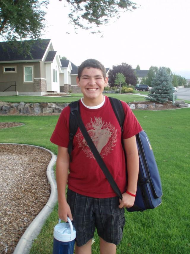 Сын просил отца-инвалида с протезом не провожать его на автобус и пожалел об этом 170 раз