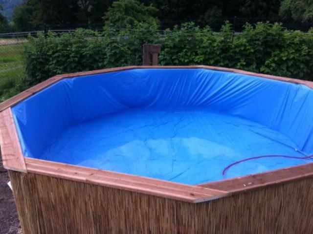 Самодельный бассейн из деревянных поддонов