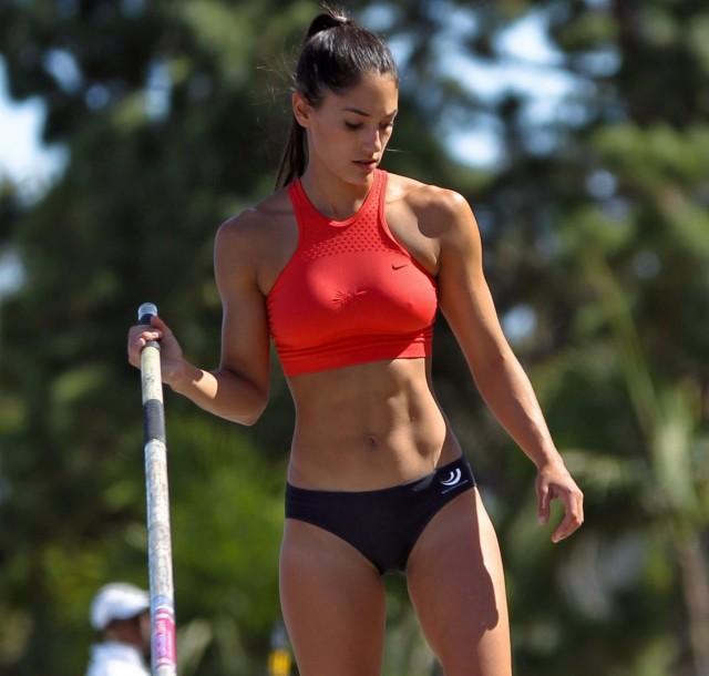 17 самых привлекательных спортсменок современности
