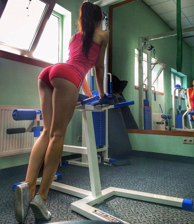 частные фото девушек в спортзале первого дня семейной
