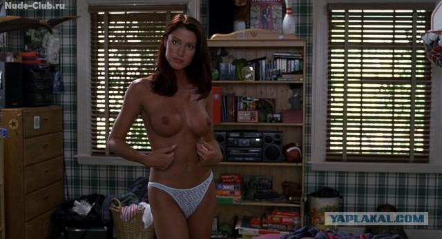 Shannon elizabeth topless in american pie