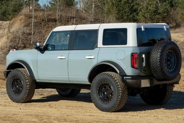 Долгожданный. Ford возродил рамный внедорожник Bronco.