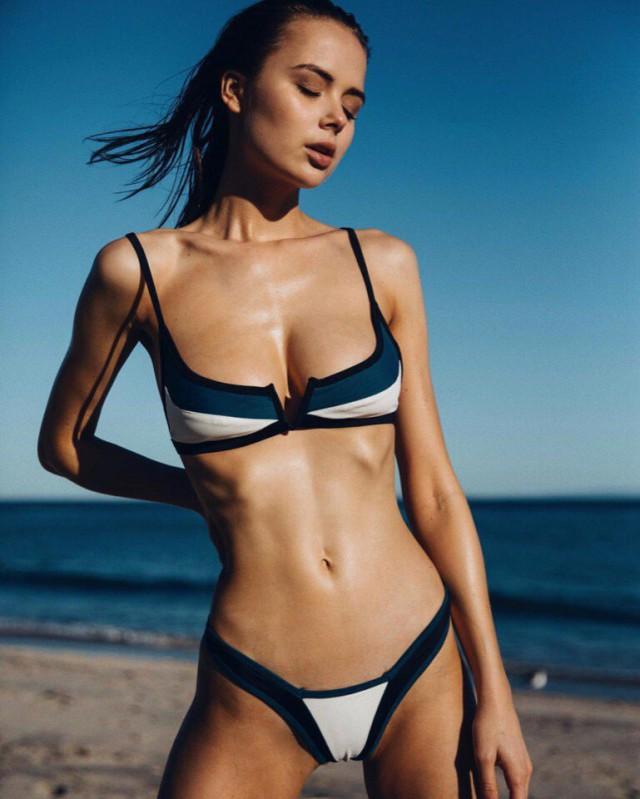 Super sexy skinny young naked babes, autodynamics hustler vw
