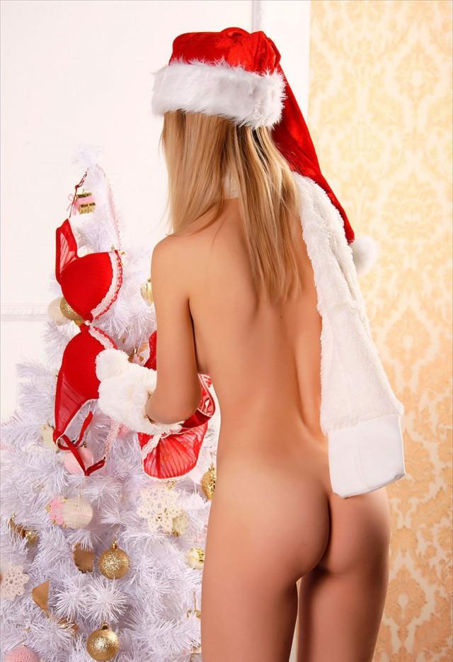 русские новогодние голые снегурочки