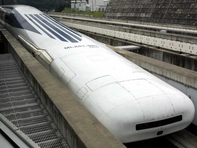 Самый быстрый поезд на магнитной подушке - японский, развил скорость 480 км/ч